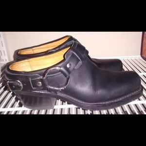 Frye Black Leather Harness Mules Clogs 6.5